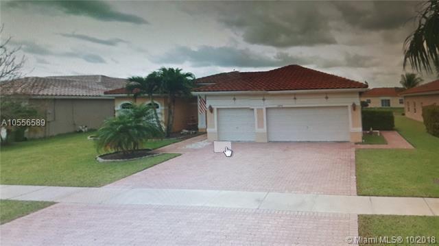 16454 NW 14th St, Pembroke Pines, FL 33028 (MLS #A10556589) :: Green Realty Properties
