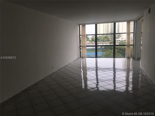1000 Parkview Dr #424, Hallandale, FL 33009 (MLS #A10556672) :: Green Realty Properties