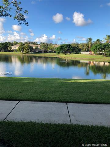 5076 Palmbrooke Cir, West Palm Beach, FL 33417 (MLS #A10556848) :: Green Realty Properties