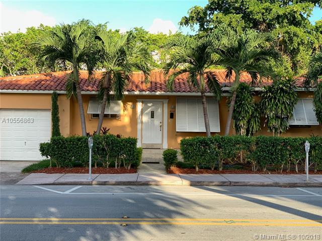 2715 Galiano St, Coral Gables, FL 33134 (MLS #A10556863) :: The Teri Arbogast Team at Keller Williams Partners SW