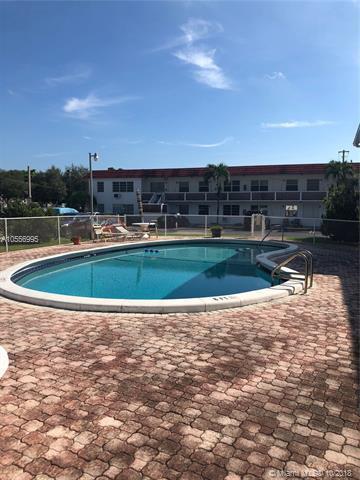 22 SE 3rd Ter #38, Dania Beach, FL 33004 (MLS #A10556995) :: Green Realty Properties