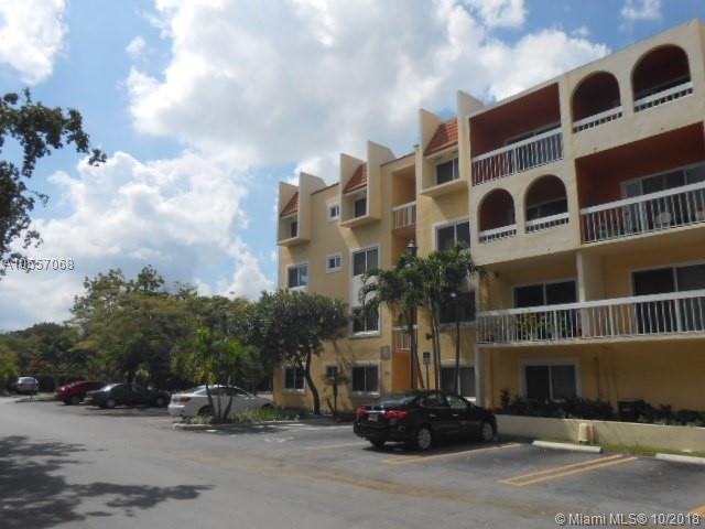 7705 Camino Real B-113, Miami, FL 33143 (MLS #A10557068) :: Miami Lifestyle