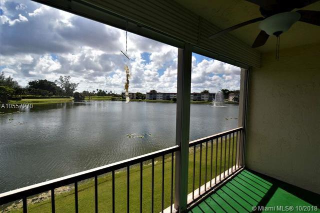 9400 N Hollybrook Lake Dr #204, Pembroke Pines, FL 33025 (MLS #A10557270) :: Green Realty Properties