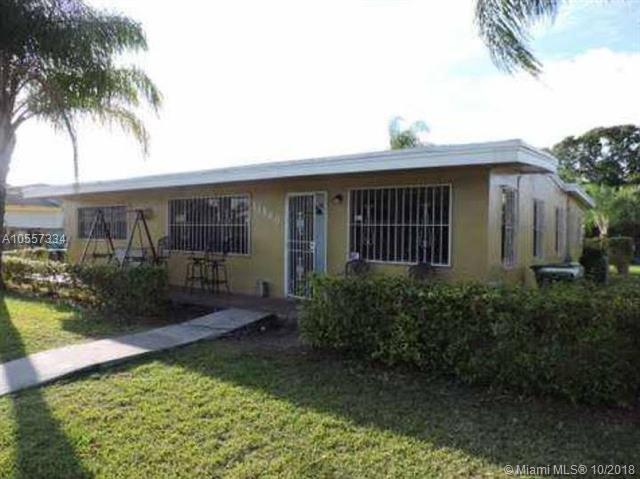 11860 SW 221st St, Miami, FL 33170 (MLS #A10557334) :: The Teri Arbogast Team at Keller Williams Partners SW