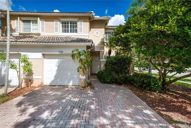 2248 NW 171st Ter, Pembroke Pines, FL 33028 (MLS #A10557393) :: Green Realty Properties