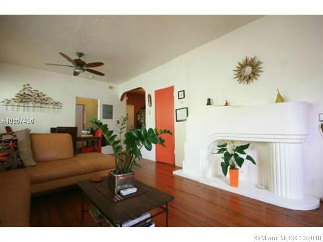 2450 Flamingo Pl D, Miami Beach, FL 33140 (MLS #A10557406) :: Green Realty Properties