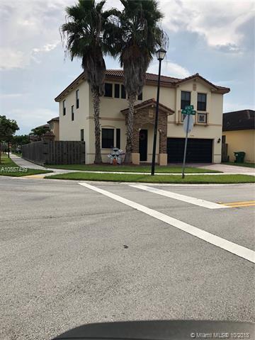 10488 SW 231st Ter, Miami, FL 33190 (MLS #A10557439) :: Green Realty Properties