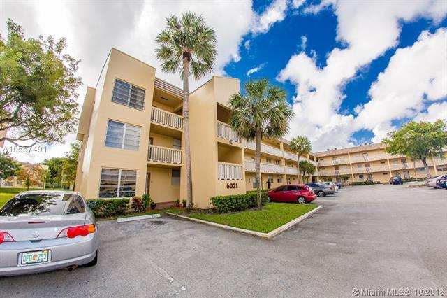 6021 NW 61st Ave #303, Tamarac, FL 33319 (MLS #A10557491) :: The Riley Smith Group