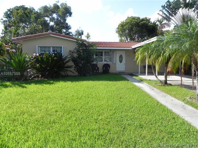 226 NE 2nd Pl, Dania Beach, FL 33004 (MLS #A10557555) :: RE/MAX Presidential Real Estate Group