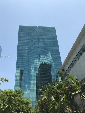 1395 Brickell Avenue #2703, Miami, FL 33131 (MLS #A10557571) :: Green Realty Properties
