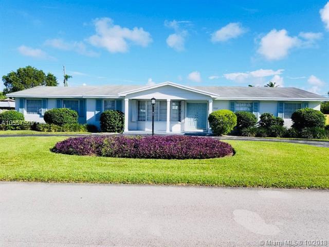 9331 SW 147th St, Miami, FL 33176 (MLS #A10557599) :: Green Realty Properties