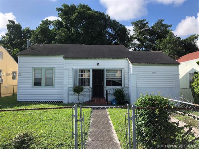 Miami, FL 33142 :: Green Realty Properties