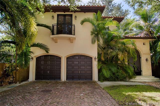 3621 Le Jeune Rd, Coconut Grove, FL 33146 (MLS #A10558041) :: Miami Lifestyle