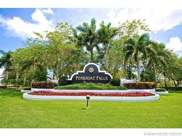 13787 NW 19th Ct, Pembroke Pines, FL 33028 (MLS #A10558096) :: The Teri Arbogast Team at Keller Williams Partners SW