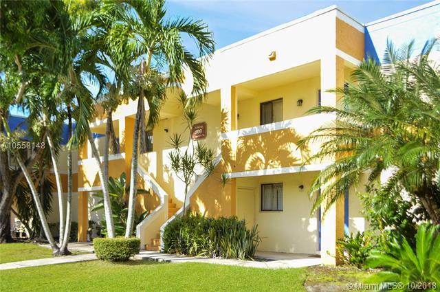177 Lakeview Dr #203, Weston, FL 33326 (MLS #A10558148) :: Green Realty Properties