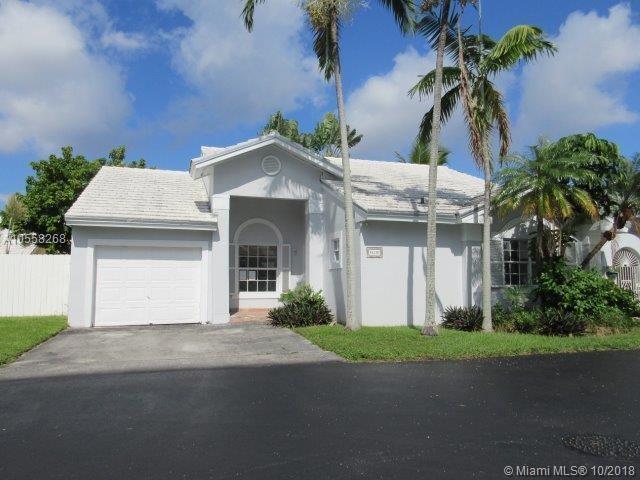 11281 SW 64th Ln, Miami, FL 33173 (MLS #A10558268) :: RE/MAX Presidential Real Estate Group