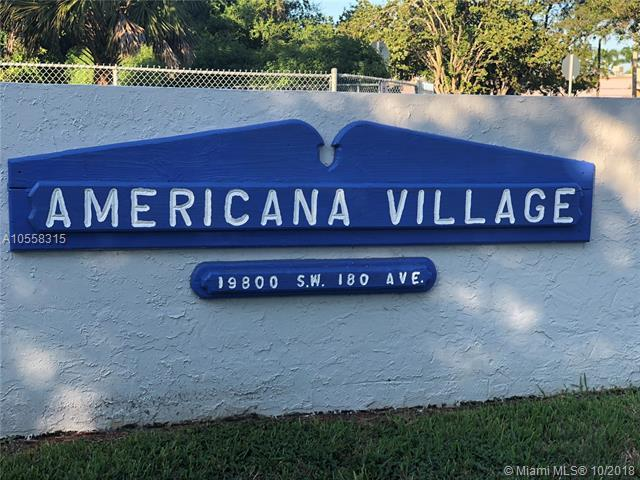 19800 SW 180th Ave, Miami, FL 33187 (MLS #A10558315) :: The Chenore Real Estate Group