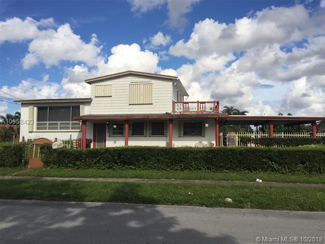 141 Mcarthur Pkwy, Pembroke Pines, FL 33024 (MLS #A10558423) :: Green Realty Properties