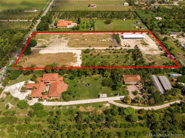 14605 SW 184 Ave, Miami, FL 33196 (MLS #A10558555) :: The Riley Smith Group