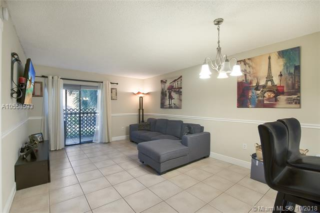 8415 SW 107th Ave 255W, Miami, FL 33173 (MLS #A10558593) :: The Riley Smith Group
