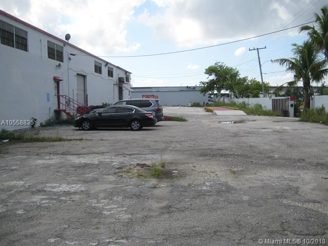 2540 NW 74 Str, 31, FL 33147 (MLS #A10558835) :: Green Realty Properties