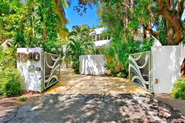 1840 & 2800 Chucunantah Rd, Coconut Grove, FL 33133 (MLS #A10558910) :: The Jack Coden Group