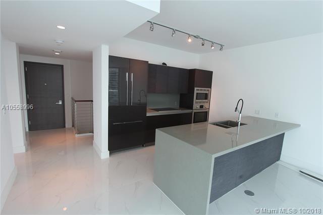 1080 Brickell Ave #1409, Miami, FL 33131 (MLS #A10558996) :: Green Realty Properties