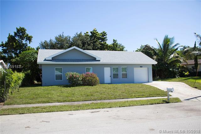 1337 SW 21st Way, Delray Beach, FL 33445 (MLS #A10559183) :: The Teri Arbogast Team at Keller Williams Partners SW