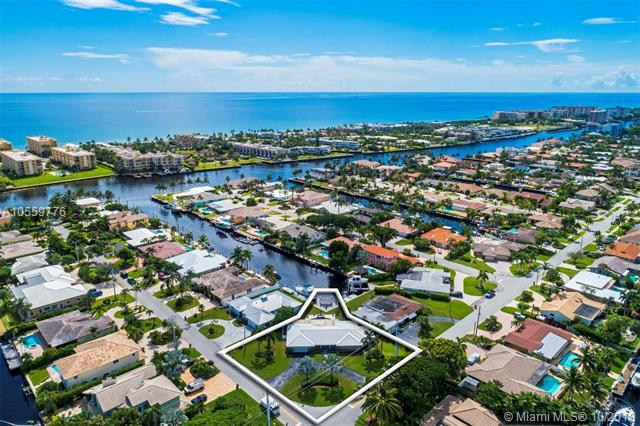 1000 SE 15th Ave, Deerfield Beach, FL 33441 (MLS #A10559776) :: The Riley Smith Group