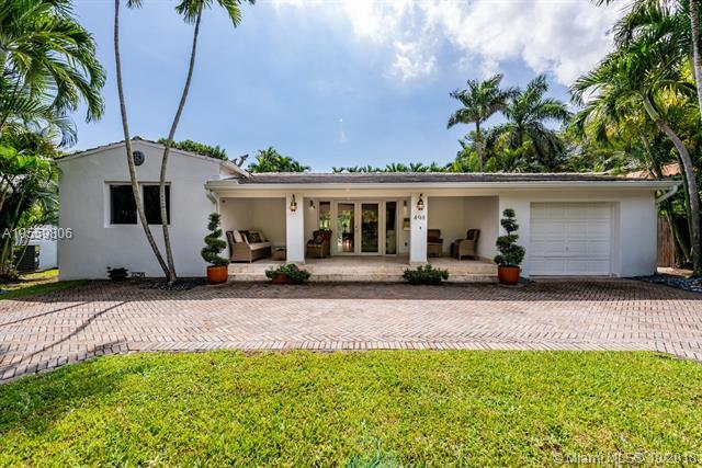 494 NE 50th Ter, Miami, FL 33137 (MLS #A10559806) :: The Jack Coden Group
