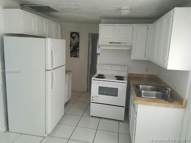 210 NE 9th St, Pompano Beach, FL 33060 (MLS #A10560506) :: The Riley Smith Group