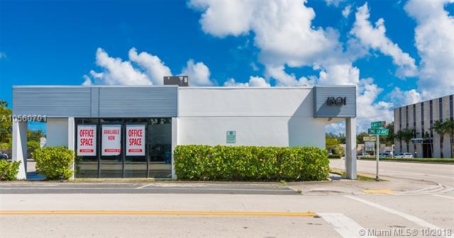 1301 E Atlantic Blvd, Pompano Beach, FL 33060 (MLS #A10560701) :: The Riley Smith Group