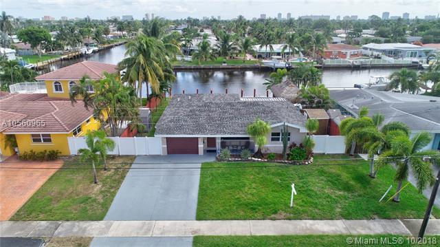 380 SE 1st Ter, Pompano Beach, FL 33060 (MLS #A10560965) :: Prestige Realty Group