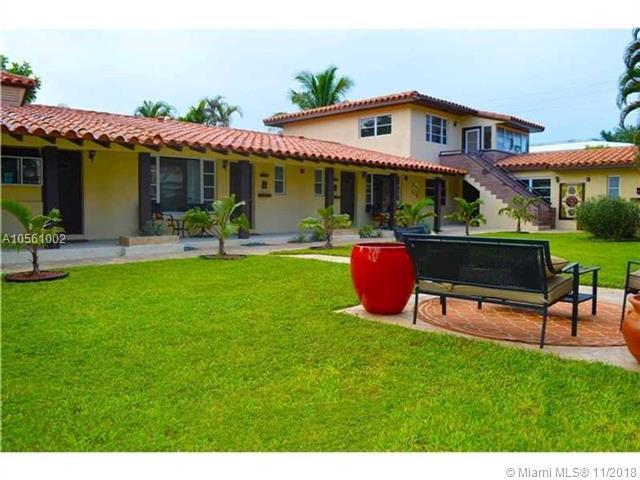 2625 NE 13th Ct, Fort Lauderdale, FL 33304 (MLS #A10561002) :: The Riley Smith Group