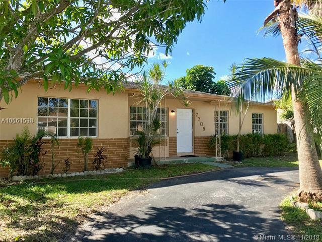 7708 SW 6th Ct, North Lauderdale, FL 33068 (MLS #A10561538) :: Prestige Realty Group