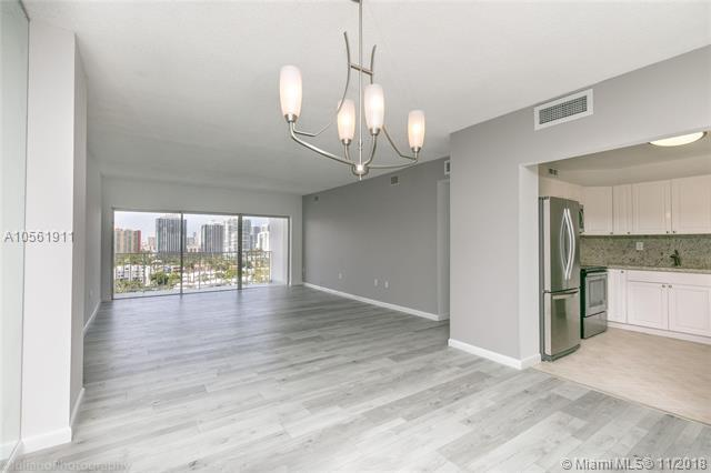 500 Bayview Dr #1523, Sunny Isles Beach, FL 33160 (MLS #A10561911) :: The Jack Coden Group