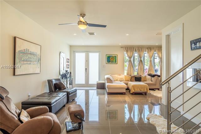 6309 NW 104th Path, Miami, FL 33178 (MLS #A10562067) :: Prestige Realty Group