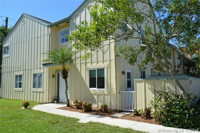 6246 Riverwalk Ln #1, Jupiter, FL 33458 (MLS #A10562132) :: Green Realty Properties
