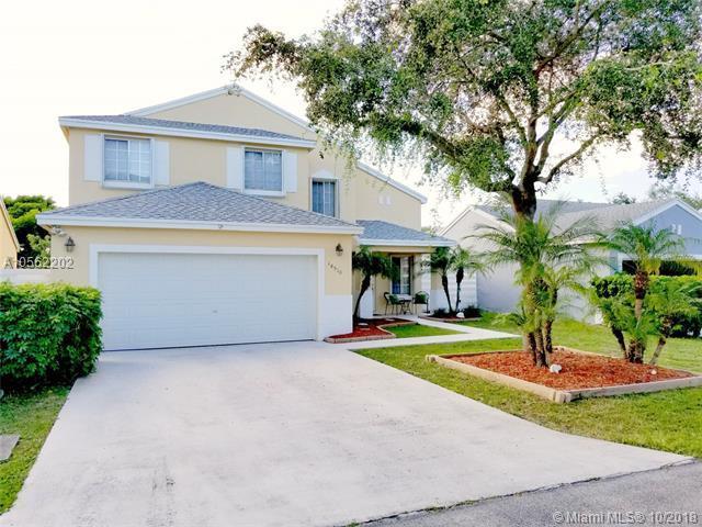 14510 SW 138th Pl, Miami, FL 33186 (MLS #A10562202) :: Green Realty Properties