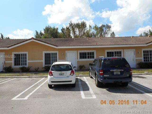 3862 SW 48th Ave #3862, Pembroke Park, FL 33023 (MLS #A10562222) :: Prestige Realty Group