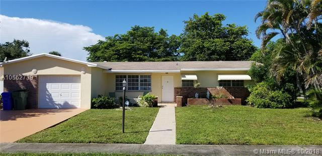 7101 SW 2nd Ct, Pembroke Pines, FL 33023 (MLS #A10562739) :: Green Realty Properties