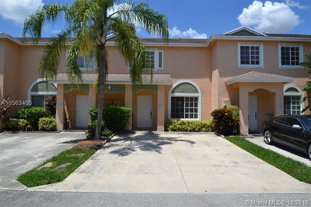 1411 SW 48th Ter, Deerfield Beach, FL 33442 (MLS #A10563405) :: EWM Realty International