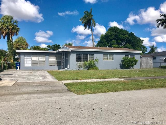 3843 NW 3rd Street, Lauderhill, FL 33311 (MLS #A10564079) :: The Riley Smith Group