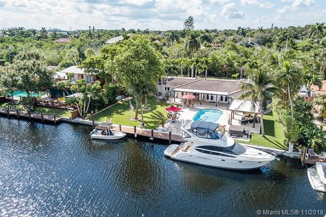 2398 SW 28th Ter, Fort Lauderdale, FL 33312 (MLS #A10564624) :: The Riley Smith Group