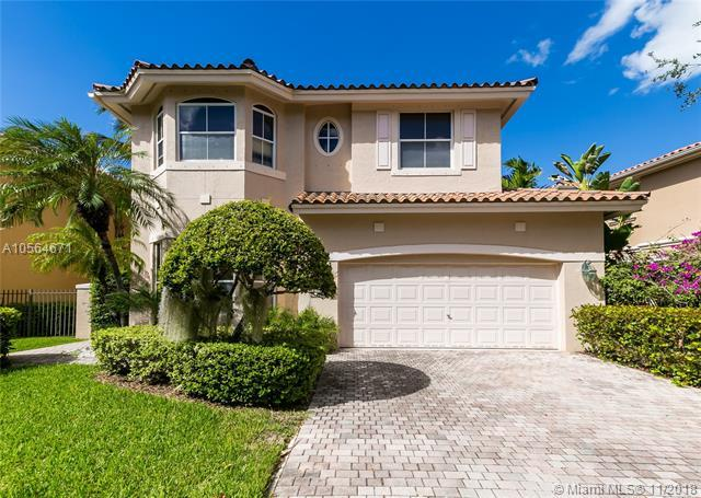 1560 Breakwater Ter, Hollywood, FL 33019 (MLS #A10564671) :: EWM Realty International