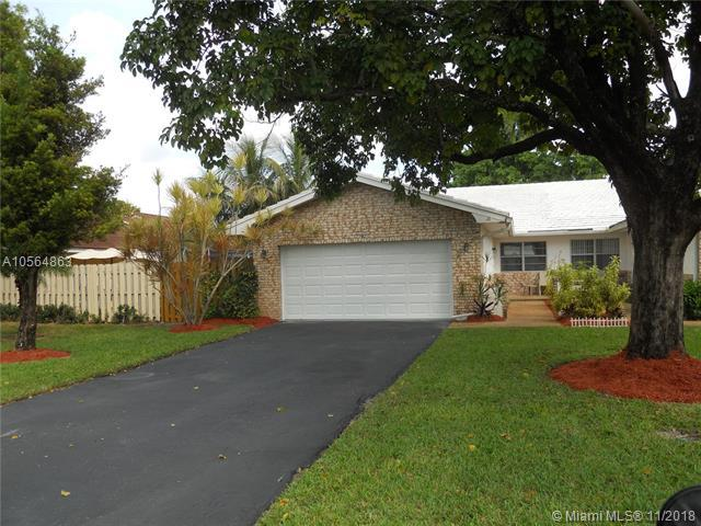 3093 NW 103rd Ln, Coral Springs, FL 33065 (MLS #A10564863) :: The Riley Smith Group
