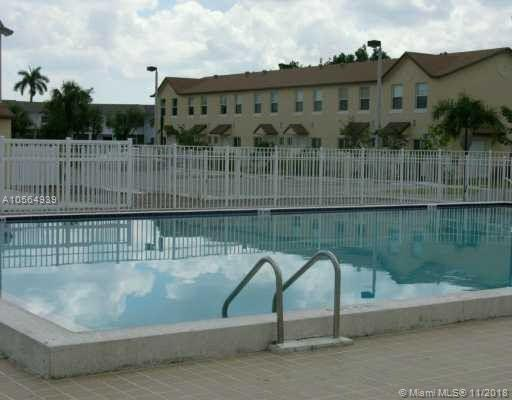 6623 Winfield Blvd 5-4, Margate, FL 33063 (MLS #A10564939) :: Prestige Realty Group