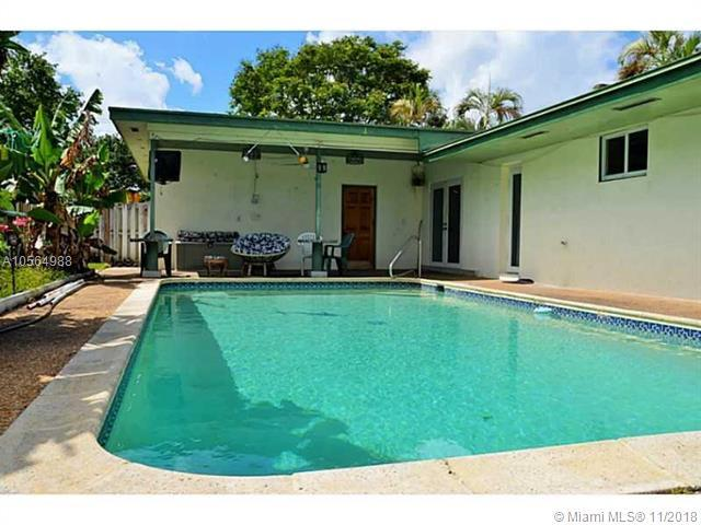 2119 N 48th Ave, Hollywood, FL 33021 (MLS #A10564988) :: Green Realty Properties