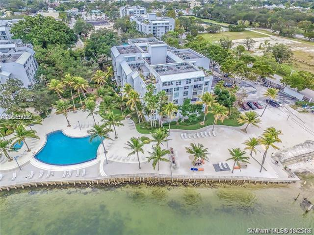 700 NE 63rd St D301, Miami, FL 33138 (MLS #A10565022) :: The Jack Coden Group