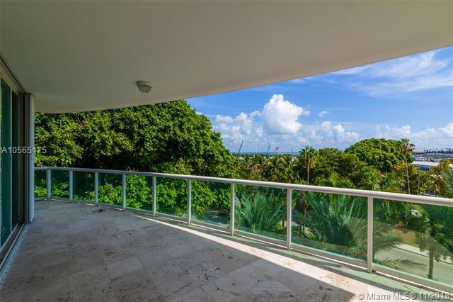 2645 S Bayshore Dr #403, Miami, FL 33133 (MLS #A10565175) :: The Riley Smith Group